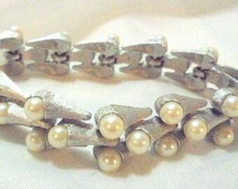 Brushed Silvertone Cone Link Faux Pearl Bracelet CROWN TRIFARI