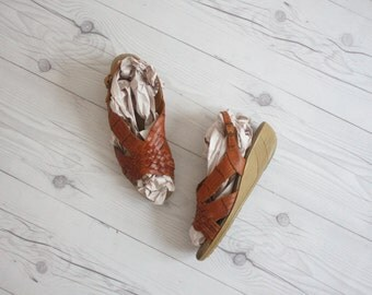 woven leather wedges / size 6
