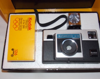 Never Used Kodak Instamtic X-15 with Film and Flash