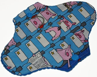 Liner Hemp Core- Flying Pigs Reusable Cloth Mini Pad- WindPro Fleece- 7.5 Inches (19 cm)