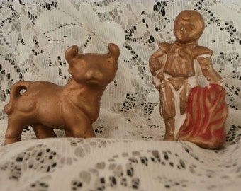 Salt & Pepper Shakers: Bullfighter~ Matador / Bull  Salt - Pepper Shakers