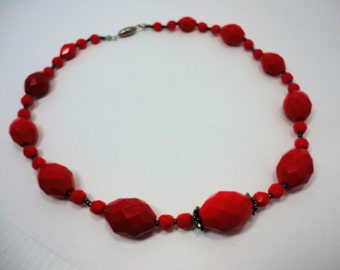 60s Red Glass Facetted Beads Choker/Necklace Vintage