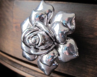 Rose Dresser Drawer Knobs - Decorative Knobs in Silver Metal (MK112)