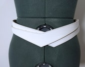 Vintage 80s Embossed White Leather Belt