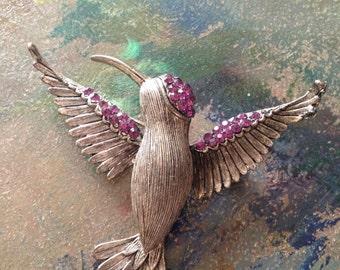 Vintage Weiss Hummingbird Brooch