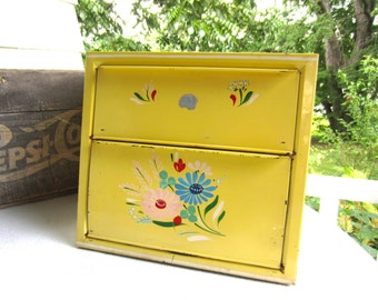 Vintage Cottage Charm Yellow Metal Bread Box with Pie Safe Cottage Decor Country Living