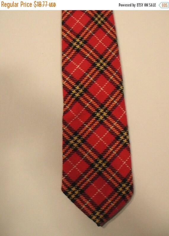 FLASH SALE Men 70s punk tartan plaid tie Playboy Mad Men preppy Montgomery Ward polyester designer