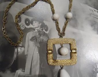 Modern 1960s Pendant Necklace Geometric Mod