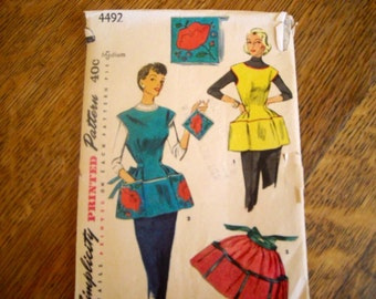 1950s Apon Pattern- Simplicity 4492