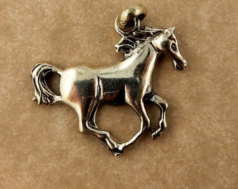 Sterling silver running horse pendant, charm with bail