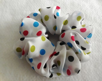 Scrunchies Ponytail Holder (free shipping) Hair Accessories Fun Poka Dot Hair Scrunchy