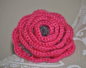 Hand made crocheted Big Rose Barrette Gray and Pink - 1 Barrette