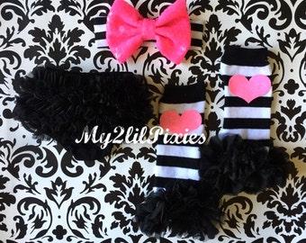 Baby Bloomers, Black Ruffle Bum Bloomer, leg warmers , Headband, Birthday Outfit, Baby Girl set, Black and Gold,baby headbands, Leg warmers