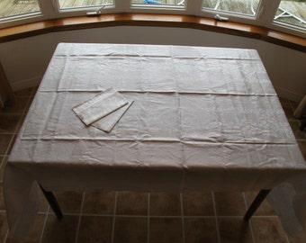 Tablecloth Vintage Unused Luxurious White Heavy Linen Damask Roses c.1920s-1940s Original Irish Linen tag