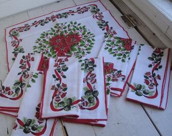 Vintage Christmas Napkins Set of 7 Cotton