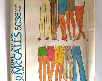 Vintage Women's Sewing Pattern 70's Uncut McCall's 5038, Pants, Shorts (S)
