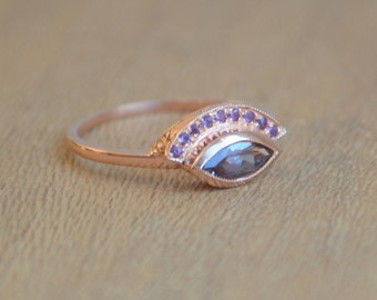 Engraved Fan Ring in 14 K Rose Gold with Color Change Garnet Marquis and Amethyst Melee