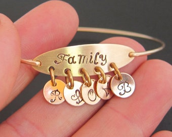 Mothers Day Gift Idea, Mothers Birthday, Gift for Mom From Daughter & Son, Family Bracelet Personalized Grandmother Jewelry Grandma Bracelet