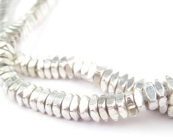 300 Faceted Silver Square Beads - Faceted Square Beads - Faceted Silver Beads - Silver Square Beads - Metal Spacers (MET-USU-SLV-313)