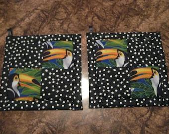Tropical Toucans Kitchen Potholder Set
