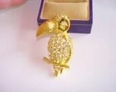 Napier Vintage Rhinestone Jewelry Bird   Brooch Gold Tone