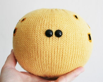 Knit your own Sunspot Paperweight (pdf knitting pattern)