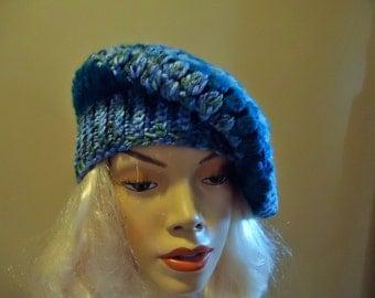 Ladies slouch hat in teal