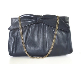 Vintage Navy Leather Bow and Gold Chain Purse // Ande