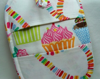 Pinch Pot Holder in Icing on Top - Hot Pad - Ready To Ship