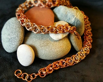 Copper Captive Inverted Round Bracelet