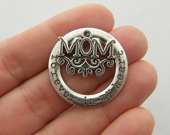 1 Mom forever in my heart charm M552