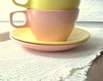 Melmac Mallo Ware Cups and Saucers Pink and Yellow Vintage dinnerware