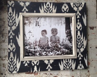 16x20 Black & White Ikat Portrait Frame