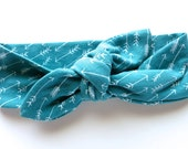 Baby Headband - Top Knot Stretch Hairband - Teal Turquoise Blue in Small Arrow Print - Tribal Style - Boho Baby - Tiny Arrows - Baby Girl