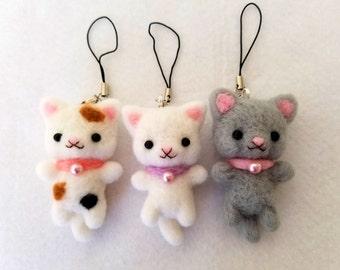 Handmade Needlefelt Kitten Keychains, Needle Felt Kitten Miniature Dolls, Sweet Handmade Kitten Charms, Cat Charms