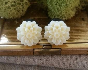 Flower Plugs, Wedding Gauges, Buttercream, Cream, Mum, Gauges