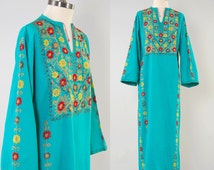 Vintage 60s 70s turquoise hand embroidered INDIAN cotton caftan dress / Intricate chain stitched floral embroidery / Hand made in Pakistan