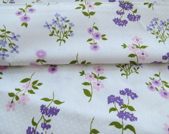 Vintage Floral Fabric Cotton Print purple pink 2.8 yards Flowers
