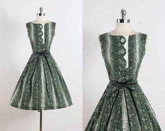 Coquette II . vintage 1950s dress . vintage cotton dress . 5468