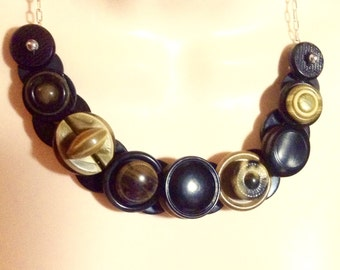 Sensational Celluloid button necklace