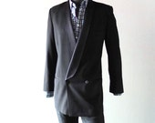 Vintage Giorgio Armani Men's Black Wool Tuxedo Dinner Jacket size 39 40 L - Winter Formal Cool - Slim Cut - Tailor Made in Italy