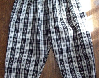 Adult size Black and White plaid golf knickers shorts pants, custom made to order