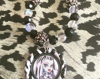 Monster High Frankie Stein Beaded Stretch Bracelet
