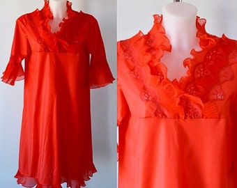Vintage Red Nightgown, 1960s Nightgown, Vintage Nightgown, Vintage Lingerie, Crystal Pleats