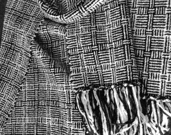 Black & White Handwoven Chenillle Scarf, Geometric Black White Scarf Chenille