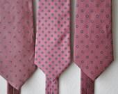 Set Vintage Designer Blush Mens Neckties for Easter or Wedding Christian Dior, Aginer