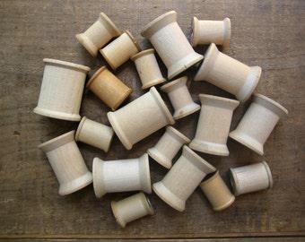 20 Empty Wooden Spools
