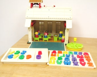 Vintage Fisher Price Little People School Set