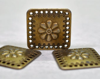 antique brass squares, 25mm, #694