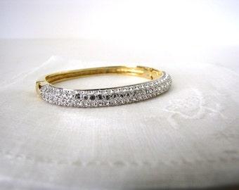 Swarovski Crystal Pave'  Gold Bangle Bracelet Vintage Estate Jewelry from AllieEtCie